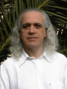 Iridologie,Photo du Docteur Pierre FRAGNAY, spécialiste de l'Iridologie.